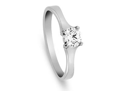 Platinum-solitaire-engagement-Ring-RPT00154